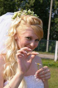 http://hairlife.ru/forum/extensions/hcs_image_uploader/uploads/0/5000/5009/thumb/p15pv0bs9116m81gam13g81e141kf9b.JPG