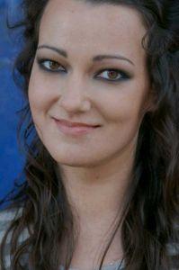 http://hairlife.ru/forum/extensions/hcs_image_uploader/uploads/0/6500/6658/thumb/p161ltr07l1pcn1p6d3ug1ton8jb1.jpg