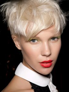 http://hairlife.ru/forum/extensions/hcs_image_uploader/uploads/0/6500/6734/thumb/p161v6665247q1uik1r88qobfii1.jpg