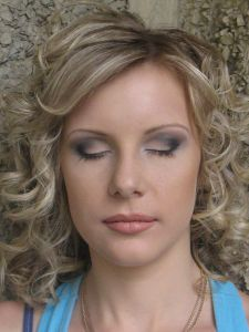 http://hairlife.ru/forum/extensions/hcs_image_uploader/uploads/0/6500/6747/thumb/p1620fu9bc1bi21f9vephf75hjd1.JPG