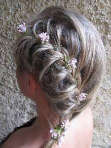 http://hairlife.ru/forum/extensions/hcs_image_uploader/uploads/0/7000/7253/thumb/p1638ve8k61s82hotfldg3g1m0b1.JPG